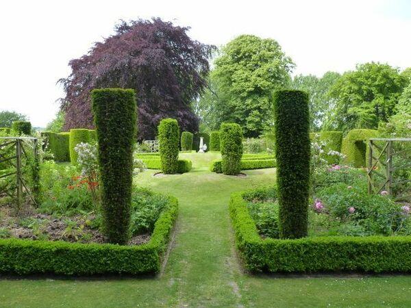 Cranborne Manor Gardens, Wimborne