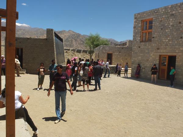 3 Idiots - Druk White Lotus School in Ladakh India