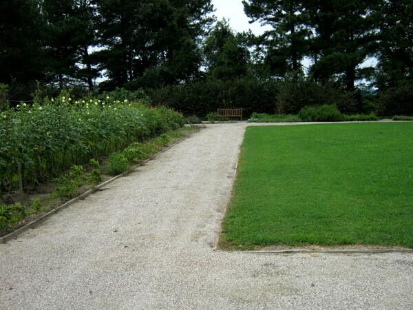 Pathway, Bacon's Castle