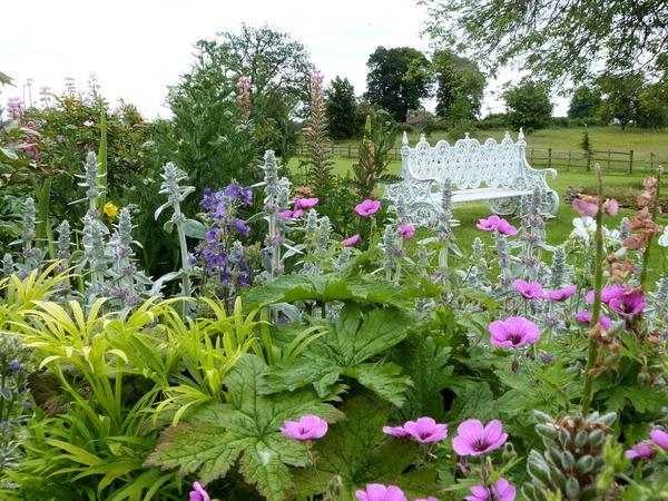Steane Park Garden, Brackley