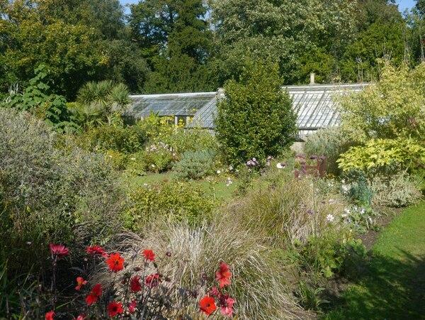 Greenhouses, Quex Gardens