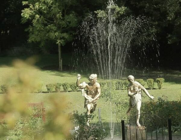 Statues, Quex Gardens