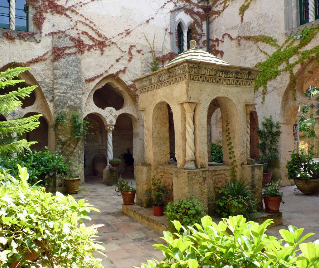 Villa Cimbrone Garden