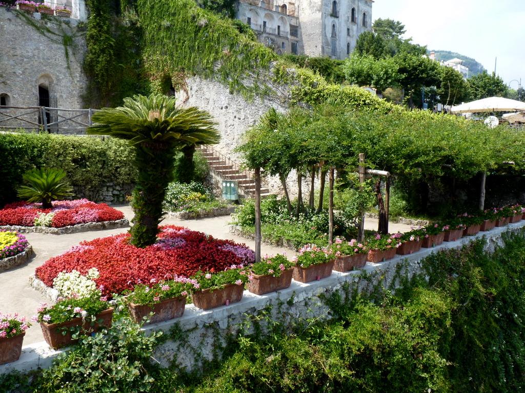 Villa rufolo garden for Villa garden