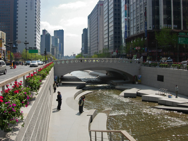 Cheonggyecheon river landscape architecture