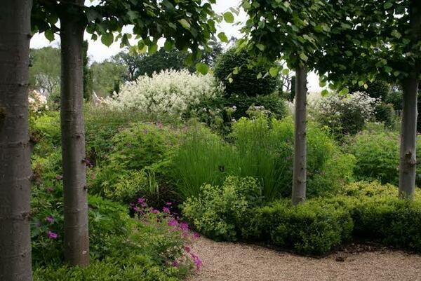Broughton Grange Garden, Summer
