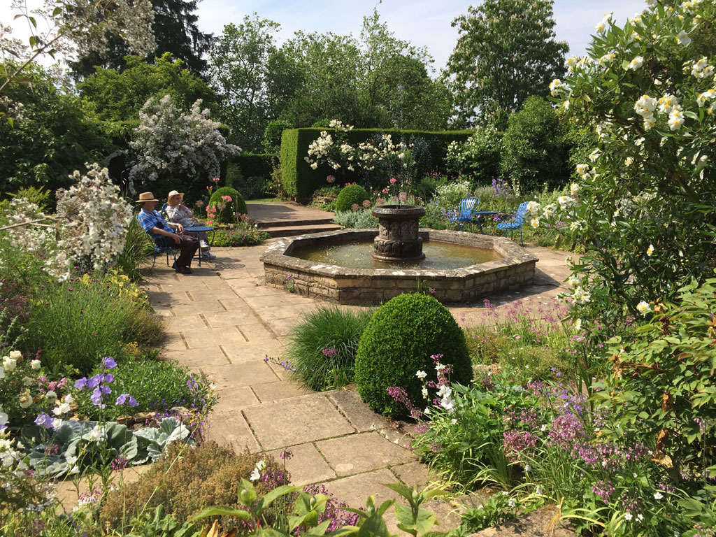 picturesque city homes and gardens.  Garden Tours in England