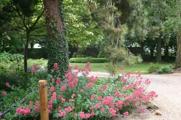 Gotha Garden at Pembroke Farm, Hertfordshire