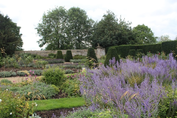 Thorpe Hall Garden, Peterborough