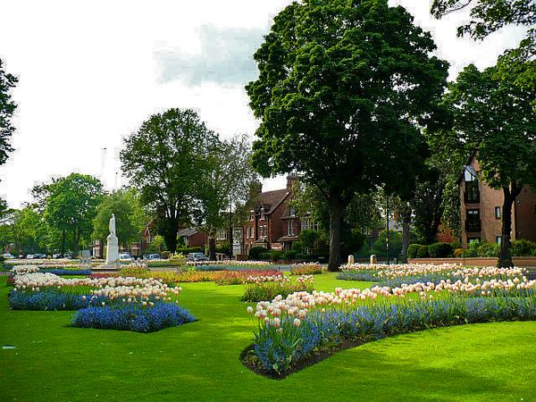 Embankment Gardens, Bedfordshire