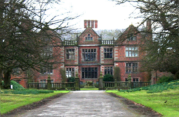 Dorfold Hall Garden