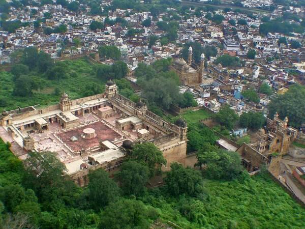 Gwalior Gujari Mahal courtyard