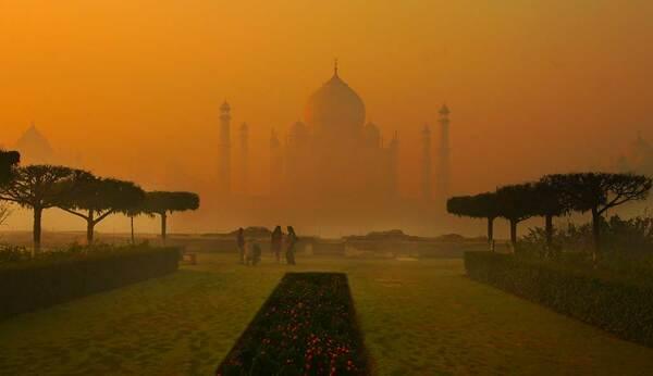 Taj Mahal Garden Agra