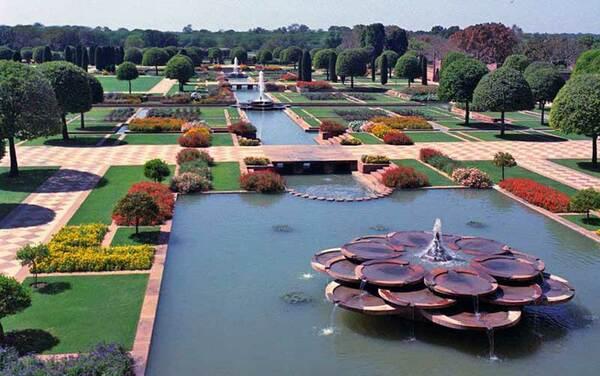 Mughal Garden of Rashtrapati Bhavan