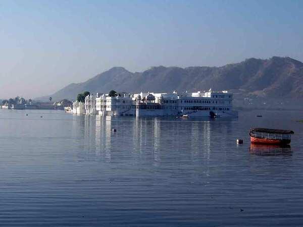 Lake Palace Jag Niwas