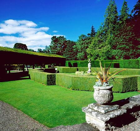 Italian Garden, Glamis Castle