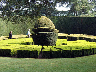 Topiary Sundial at Ascott House