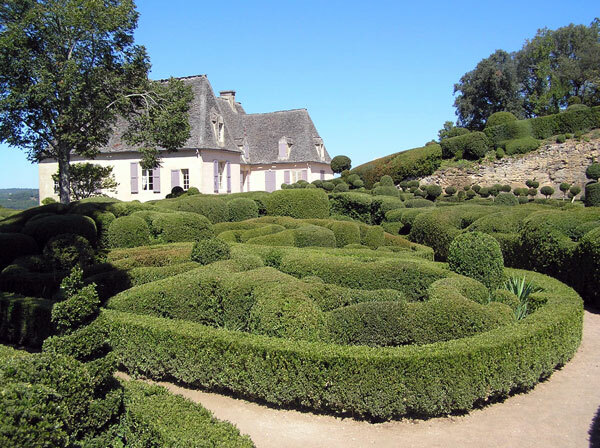 Boxwood hedges at Les Jardins de Marqueyssac
