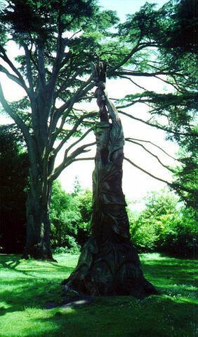Sculpture by Lee Dickinson, City of Bath Botanical Garden