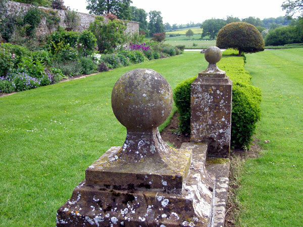 Broughton Castle Garden, Oxfordshire