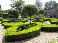 Medium broughton castle garden original