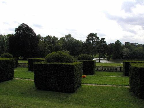 Topiary, Château de Ferrières