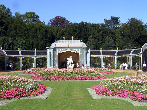 Aviary, Waddesdon Manor Garden