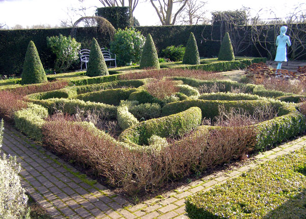 Knot Garden, Waterperry Gardens