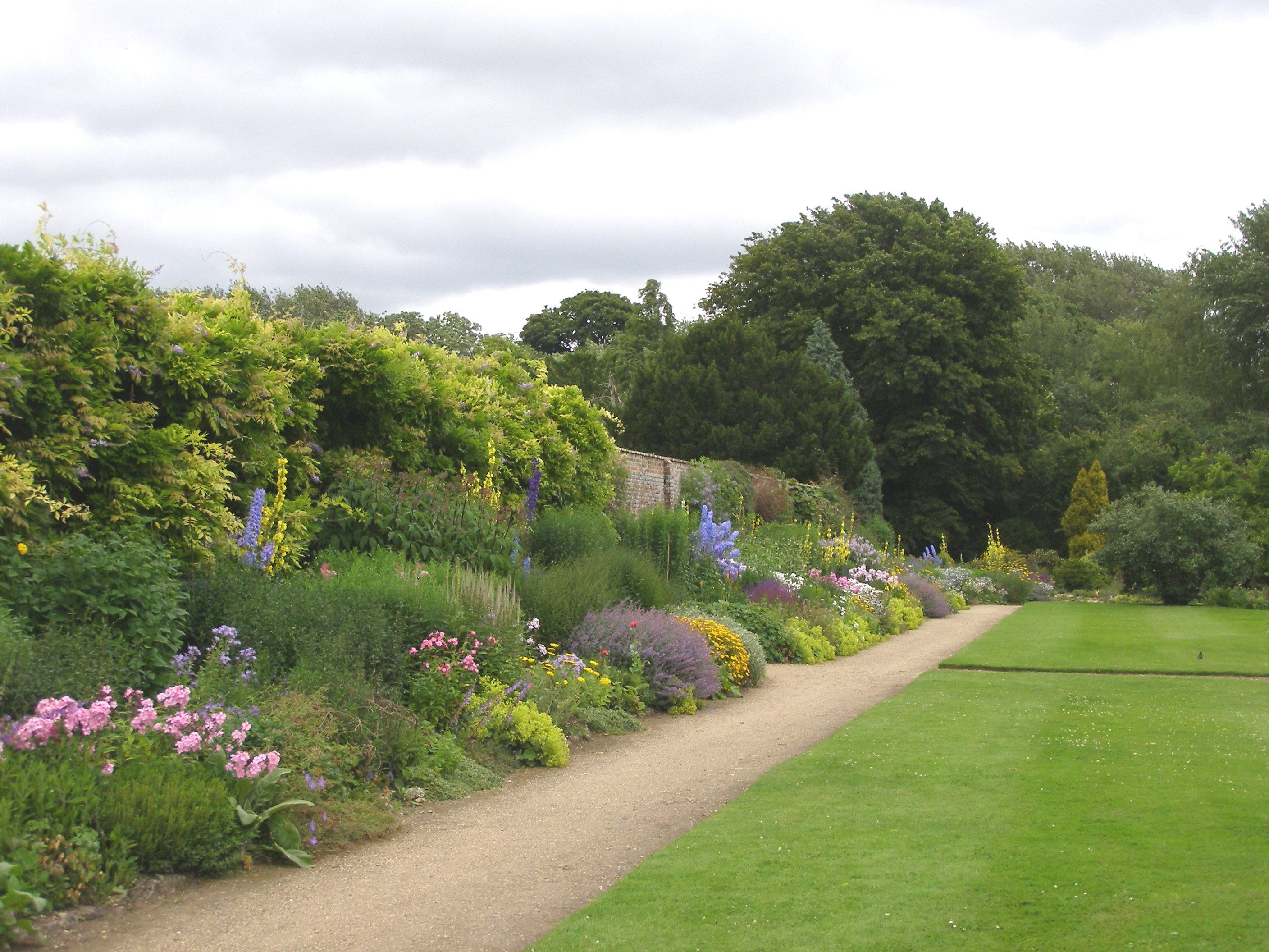 Herbaceous Border, Waterperry Gardens