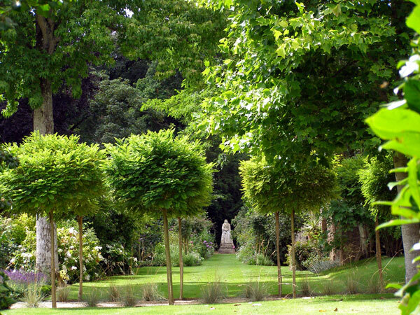 Athelhampton House Gardens, Dorchester