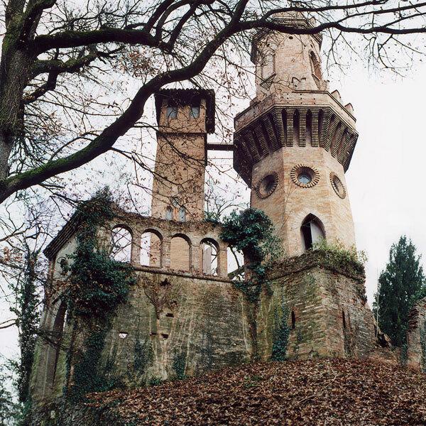 Villa Sorra Garden,  Italy