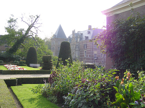 Twickel Castle Garden