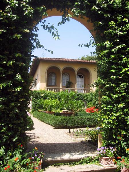 Le Balze Garden, Tuscany