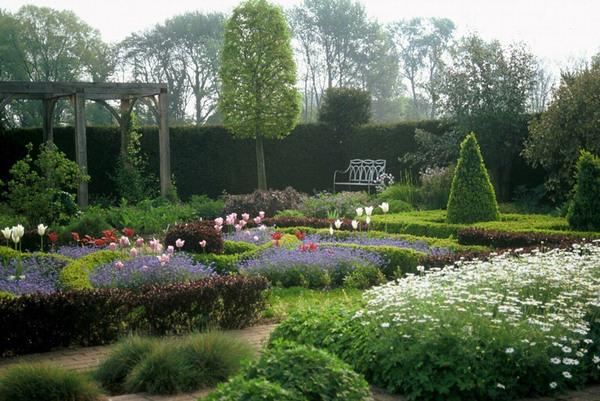 Waterperry Gardens in the Mist