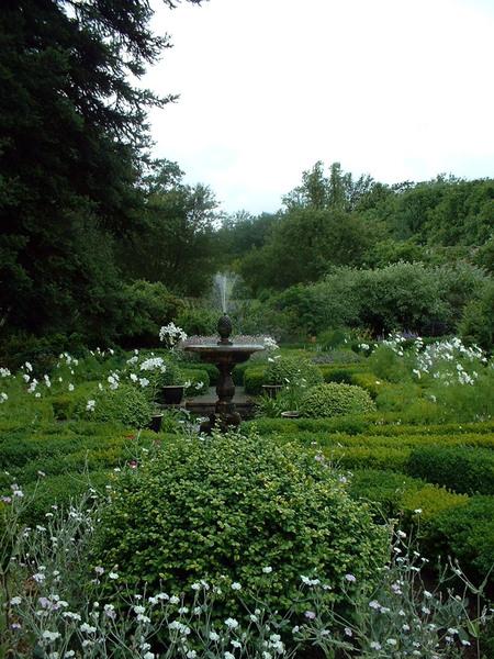 Fountain, Dalemain Garden