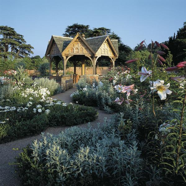 Pavillion, Hampton Court Garden