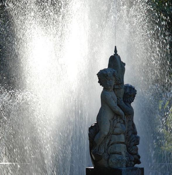 Fountain at Villa Taranto