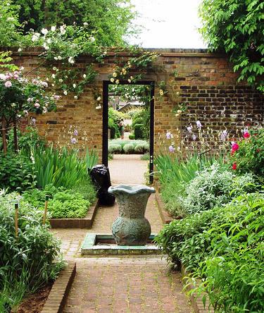 Herb Garden, Geffrye Museum