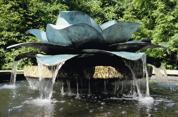 Fountain at Trewithen Gardens