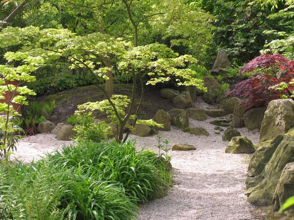 Von Siebold Memorial Garden, Leiden Botanical Garden