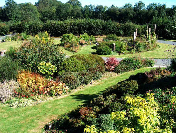 Norwood Gardens, Carmarthenshire
