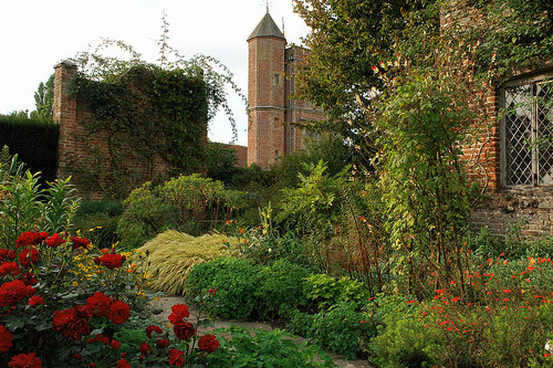 Sissinghurst Garden, Autumn