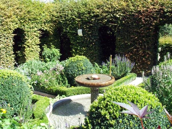 Le Labyrinthe - Jardin des Cinq Sens, Yvoire