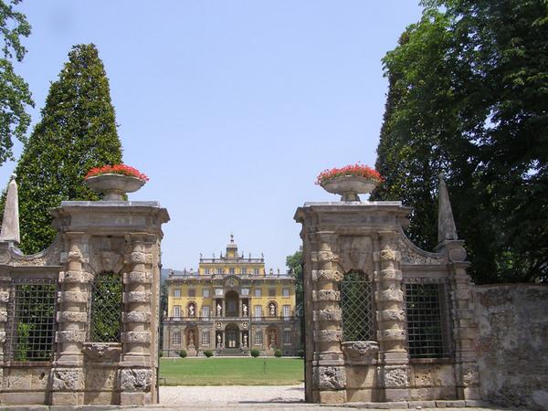 Entrance, Villa Torrigiani Garden