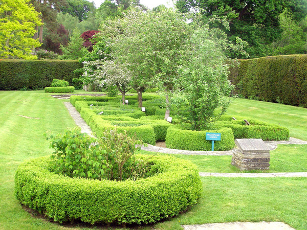 Herstmonceux Castle Garden