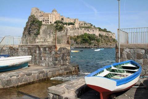 Castello Aragonese, Campania