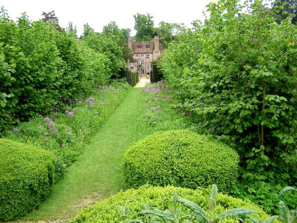 Groombridge Place Gardens, Kent