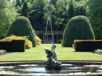 Medium kinross house fountain original