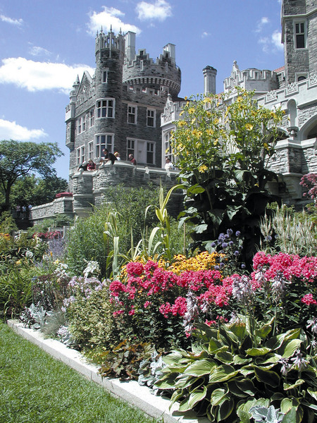 Lower Terrace, Casa Loma Gardens