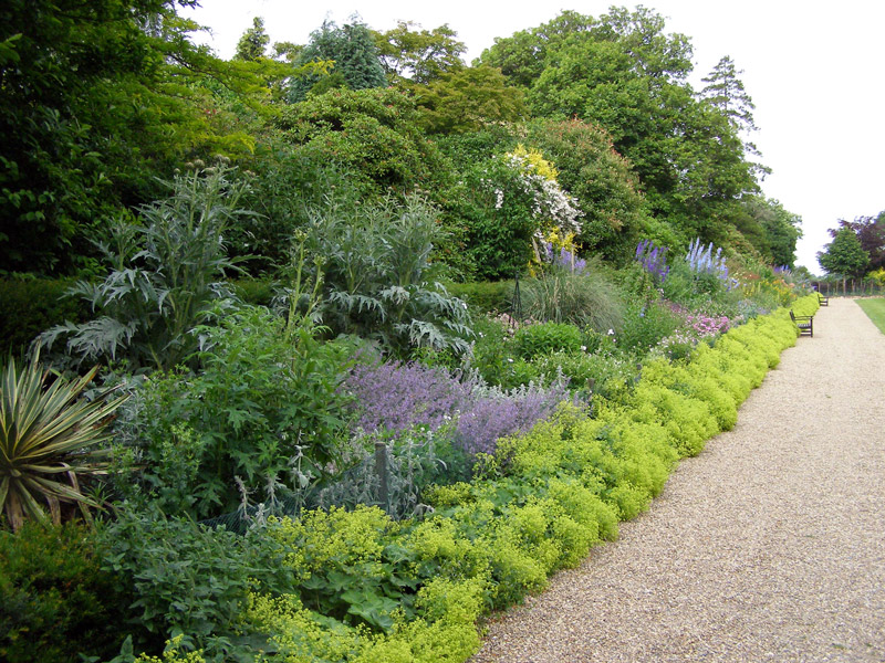 Herbaceous Border, Hever Castle